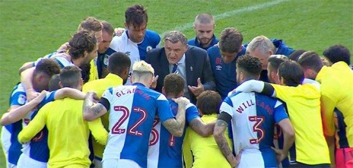 Team huddle v Bradford